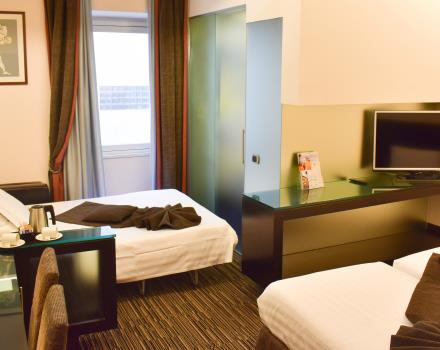 Family Superior Room-Best Western Hotel Universo Rome 4 stars